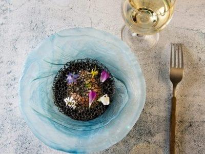 Plat accompagné de vin de David Burgarella pour menu restaurant La Tour